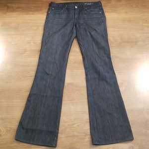 """7 for all mankind """"A Pocket"""" Flare Jean's Size 28"""